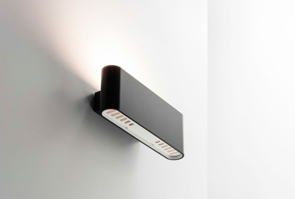 Two Flags Wall Light Aluminium By Artemide