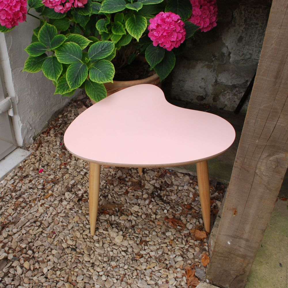 Petal table Crystal Pink