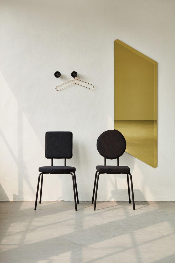 OPTION Chairs + Facett Mirror