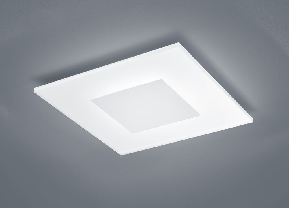 Vada Ceiling Light by Helestra