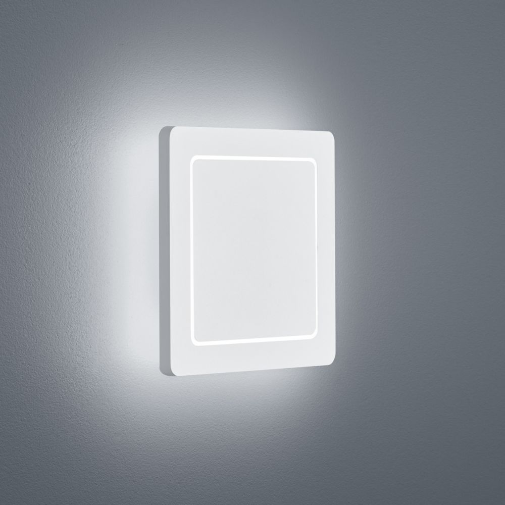 Fogo Square Wall Light by Helestra