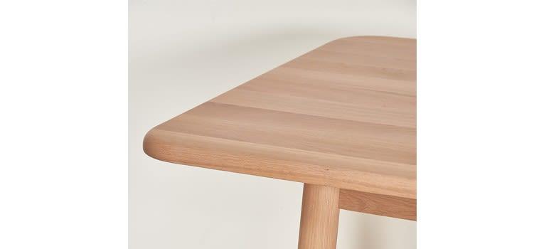 Helene Extendable Table by HARTÔ