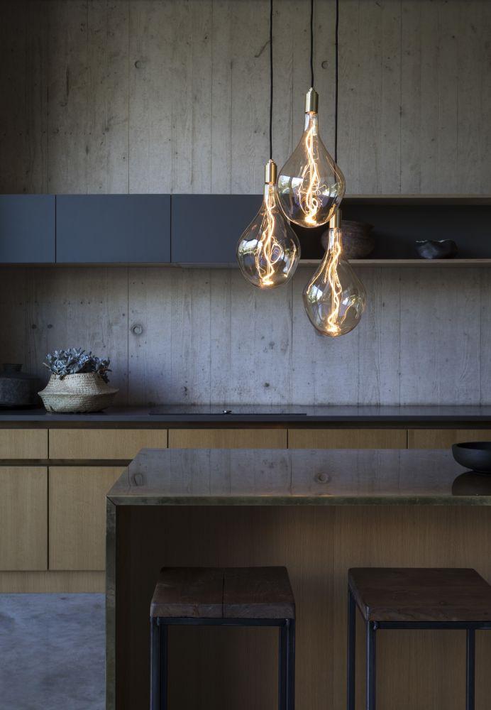 Voronoi III 5W LED lightbulb by Tala