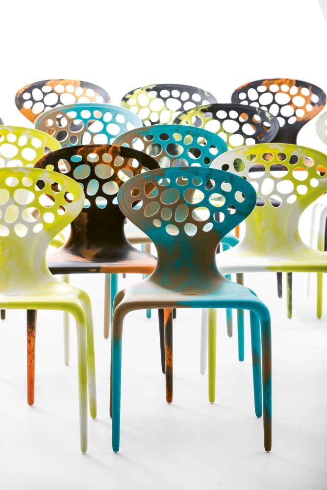 Supernatural Dining Chair Bicolored with perforated back Set of 4 by Moroso