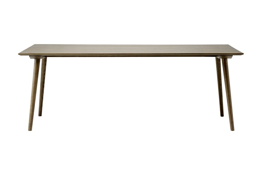 In Between SK5 Dining Table by &tradition