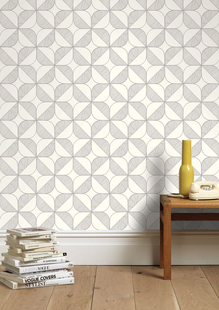 Rosette (Daylight) Wallpaper by Sian Elin