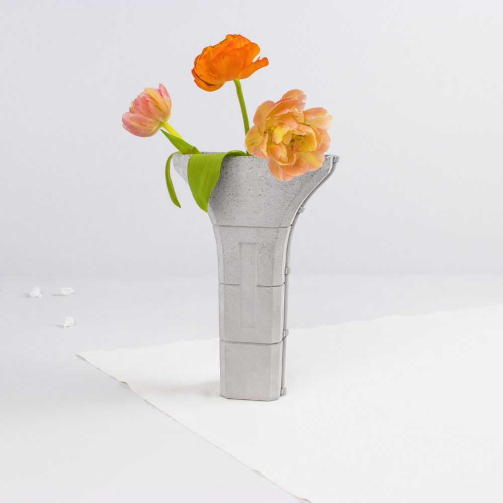 Siment Vase by Tiipoi