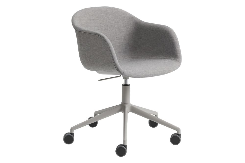 Fiber Armchair - Swivel Base with Castors and Gas Lift by Muuto