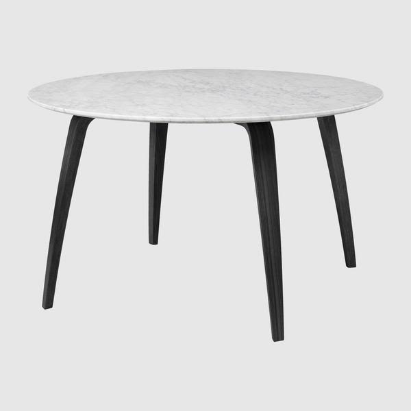 Gubi Round Dining Table - Marble by Gubi