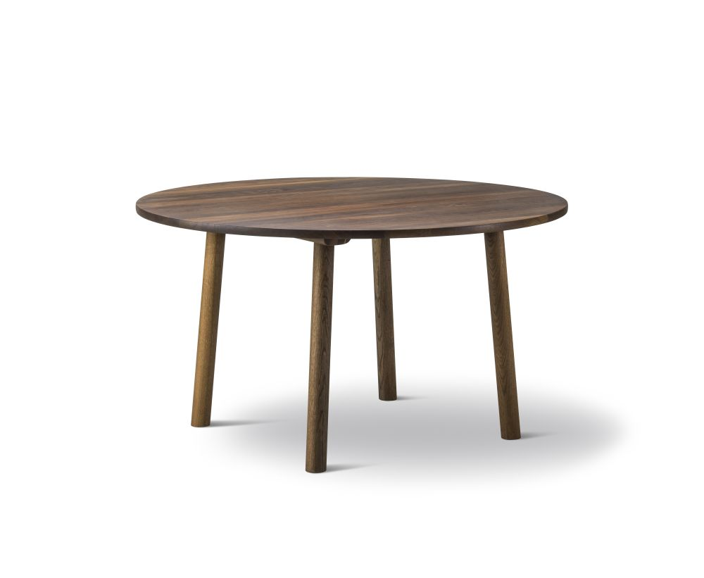 Taro Round Dining Table by Fredericia