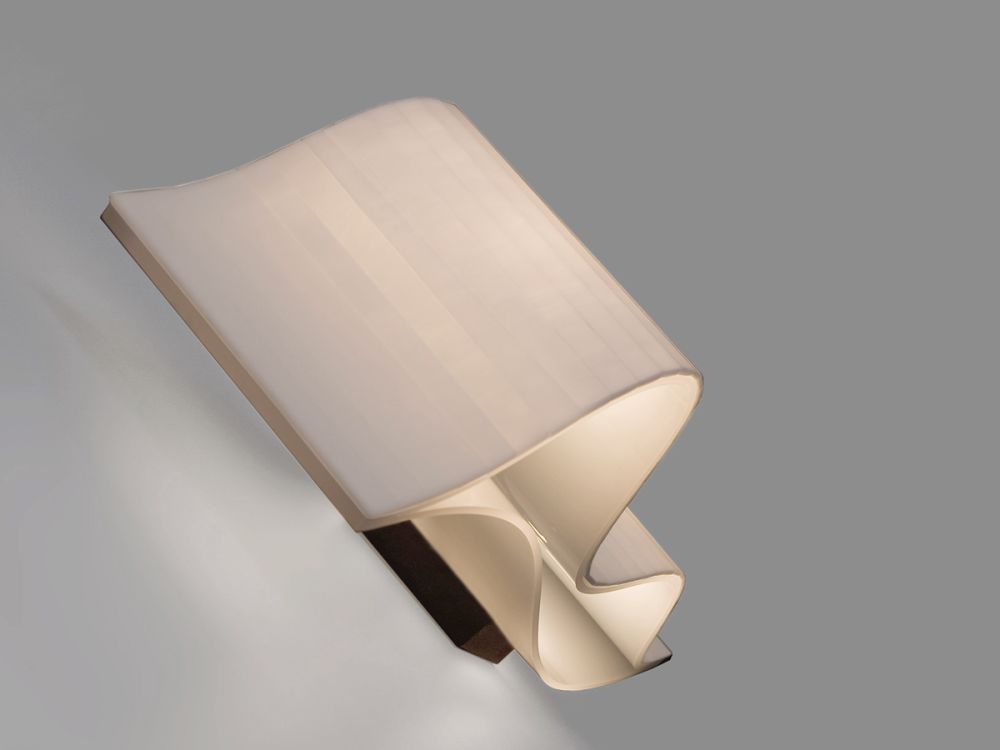 Vento Wall lamp by arturo alvarez