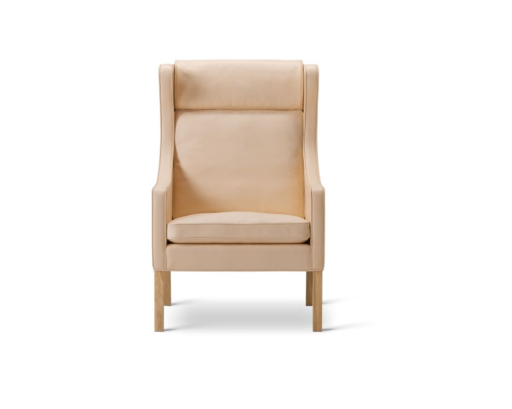 Wing Chair by Fredericia