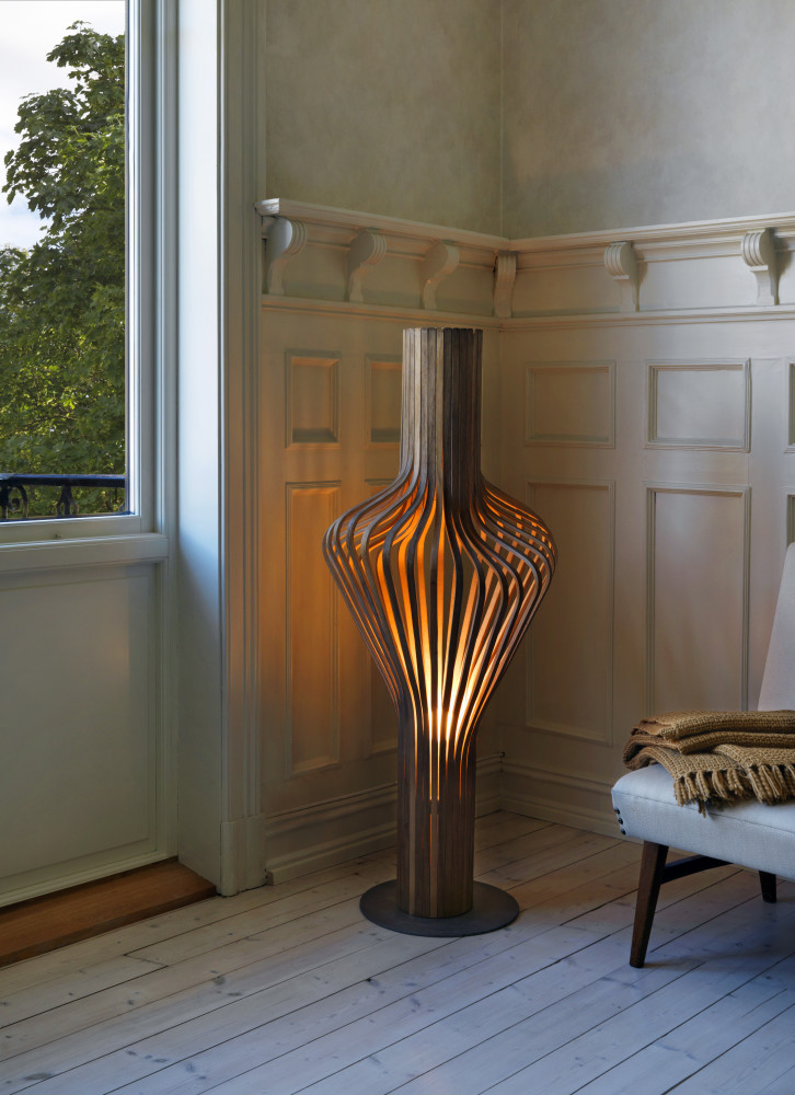 diva floor lamp walnut by northern lighting. Black Bedroom Furniture Sets. Home Design Ideas