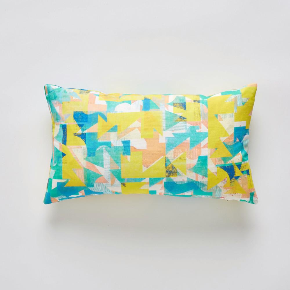 Grapefruit Coast cushion 30x50cm