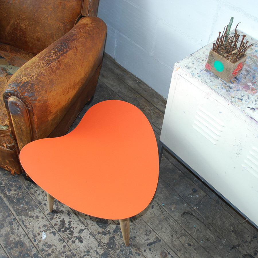Petal table in Orange showing shape
