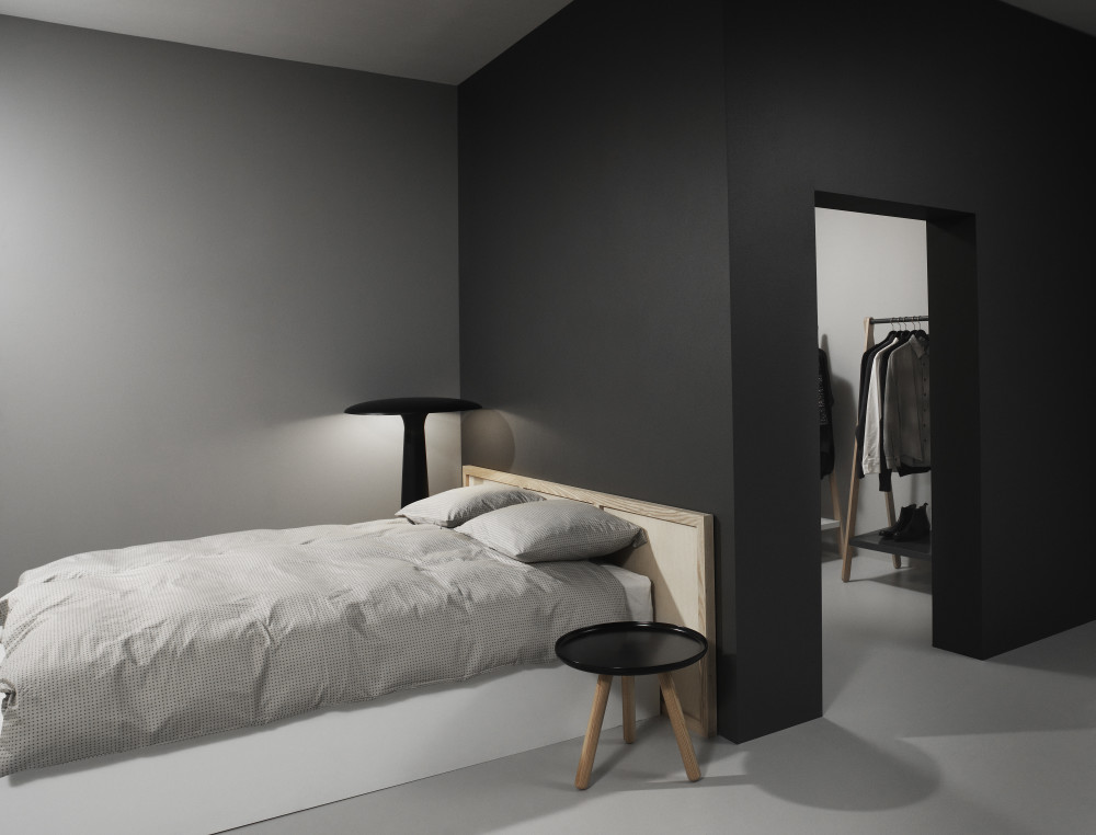 tablo round coffee table by normann copenhagen. Black Bedroom Furniture Sets. Home Design Ideas