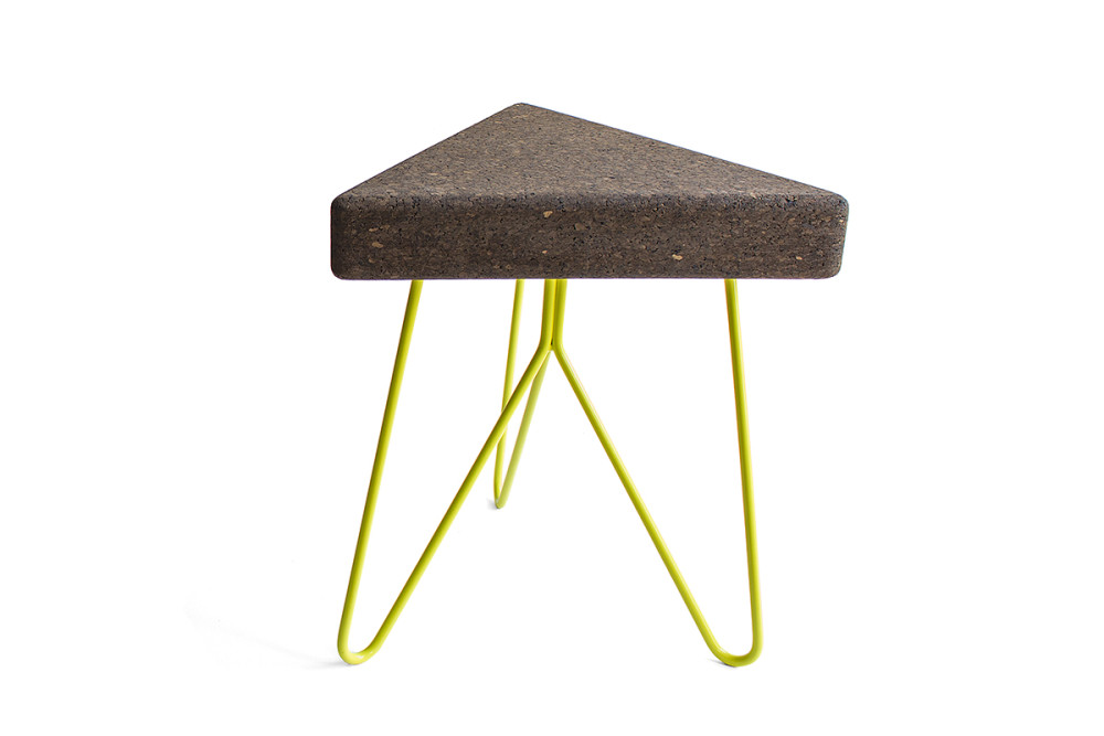 Três Stool.table - dark cork, yellow legs