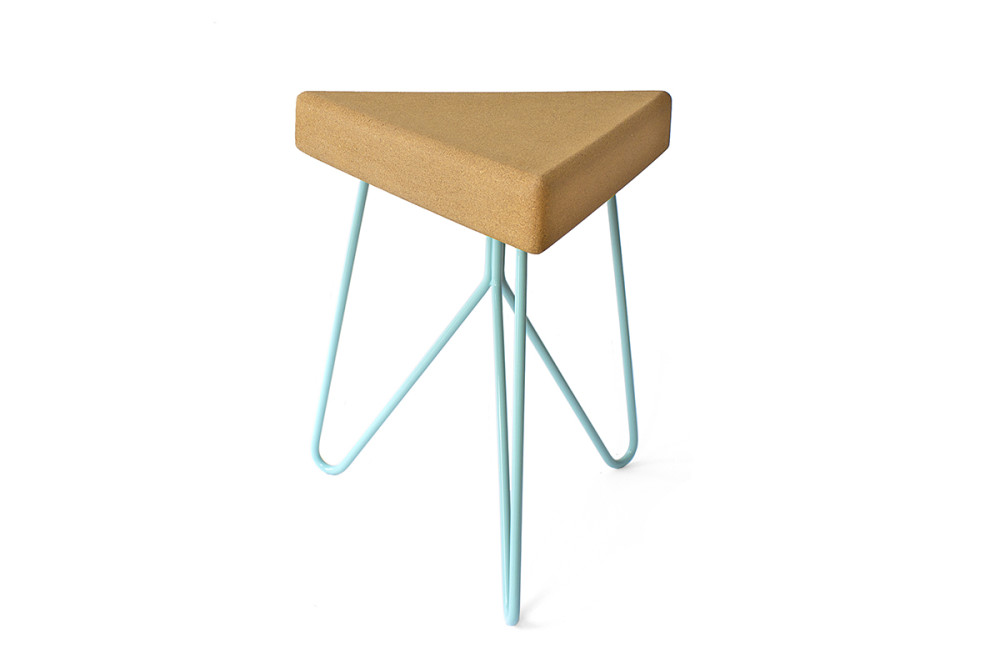 Três Stool.table - light cork, blue legs