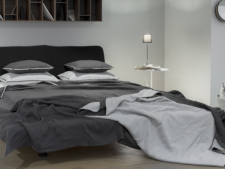 Soft bed linen by Lovely Home Idea