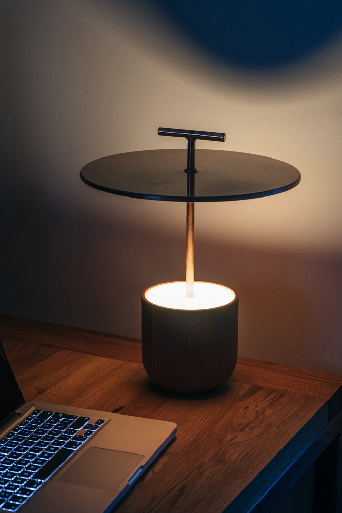 Traveller portable lamp
