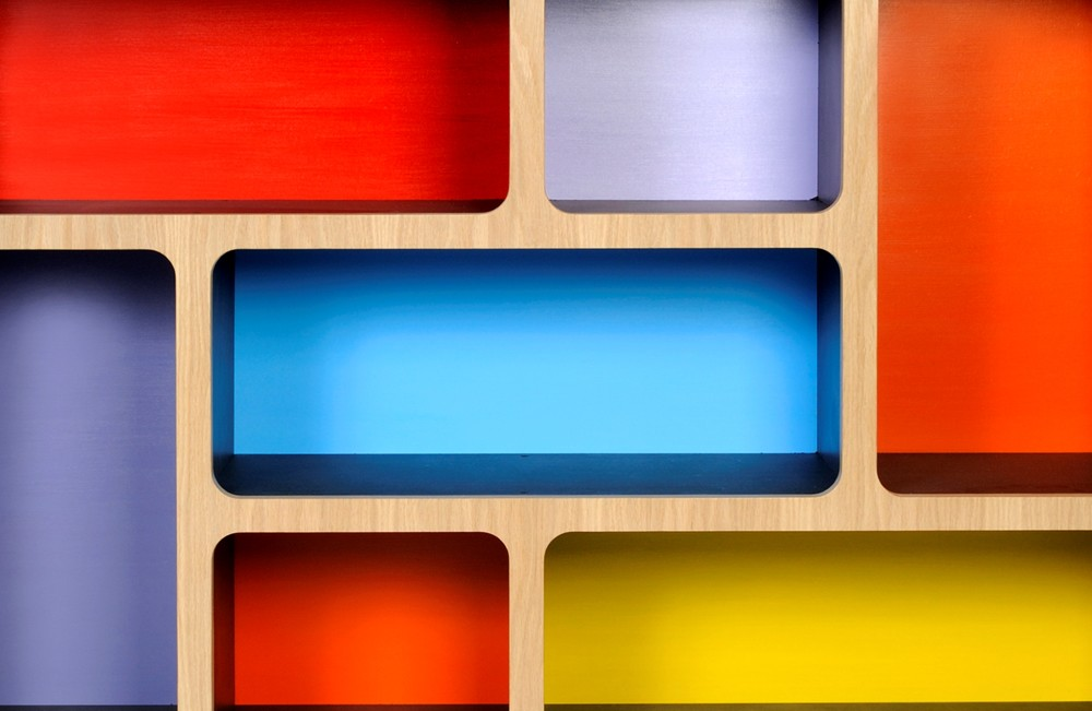 Red/Blue/Yellow scheme
