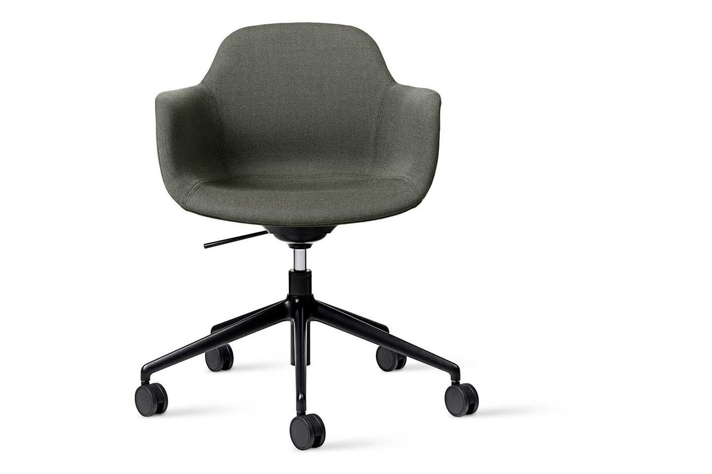 Arena Chair 5 Star Base on Castors Fully Upholstered Pricegrp. 1