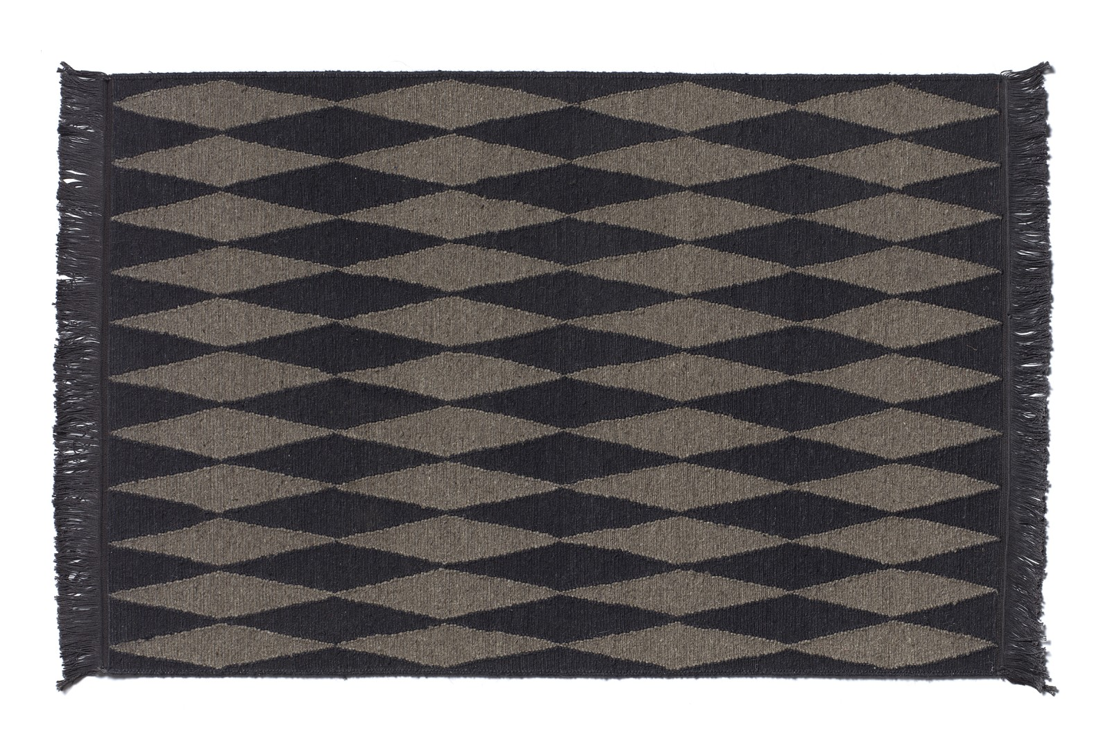 CP02 Neyriz Carpet Black and Quartz Grey, 120x80 cm