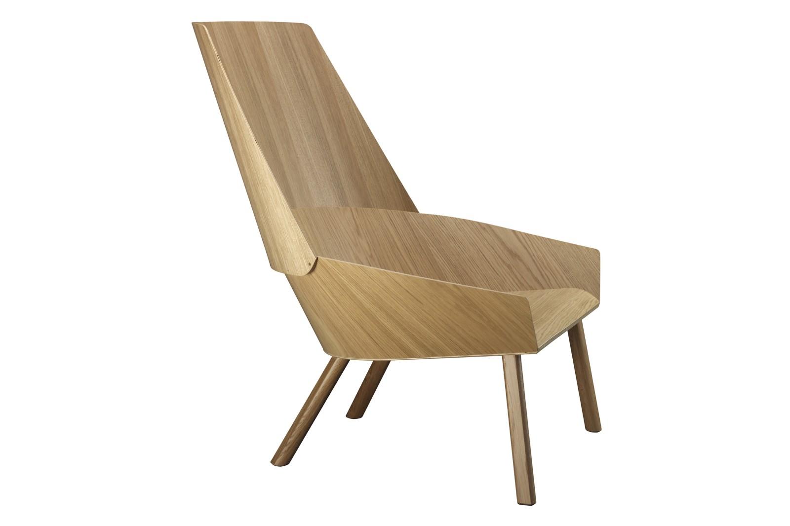 EC03 Eugene Lounge Chair Neutral, Clear Lacquered Oak Veneer