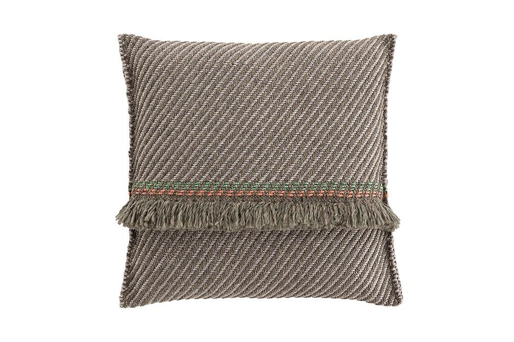 Garden Layers Big Cushion Diagonal aloe-opal