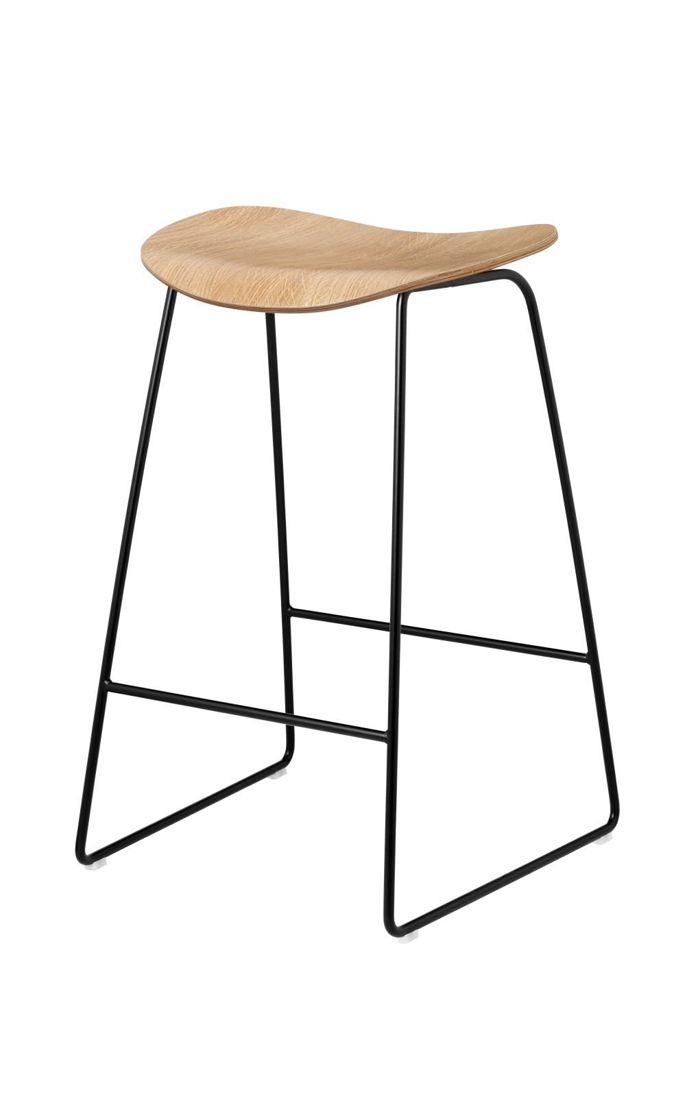 2D Counter Stool - Un-Upholstered, Sledge Base Gubi Wood Oak, Gubi Metal Black, Felt Glides