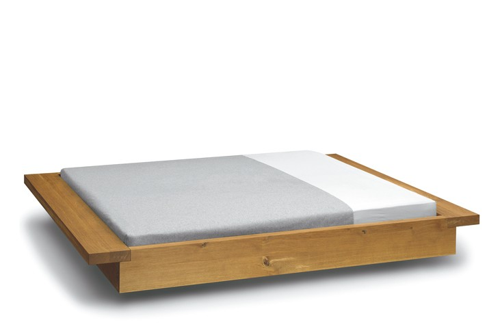 PA02 Noah Bed Queen Size