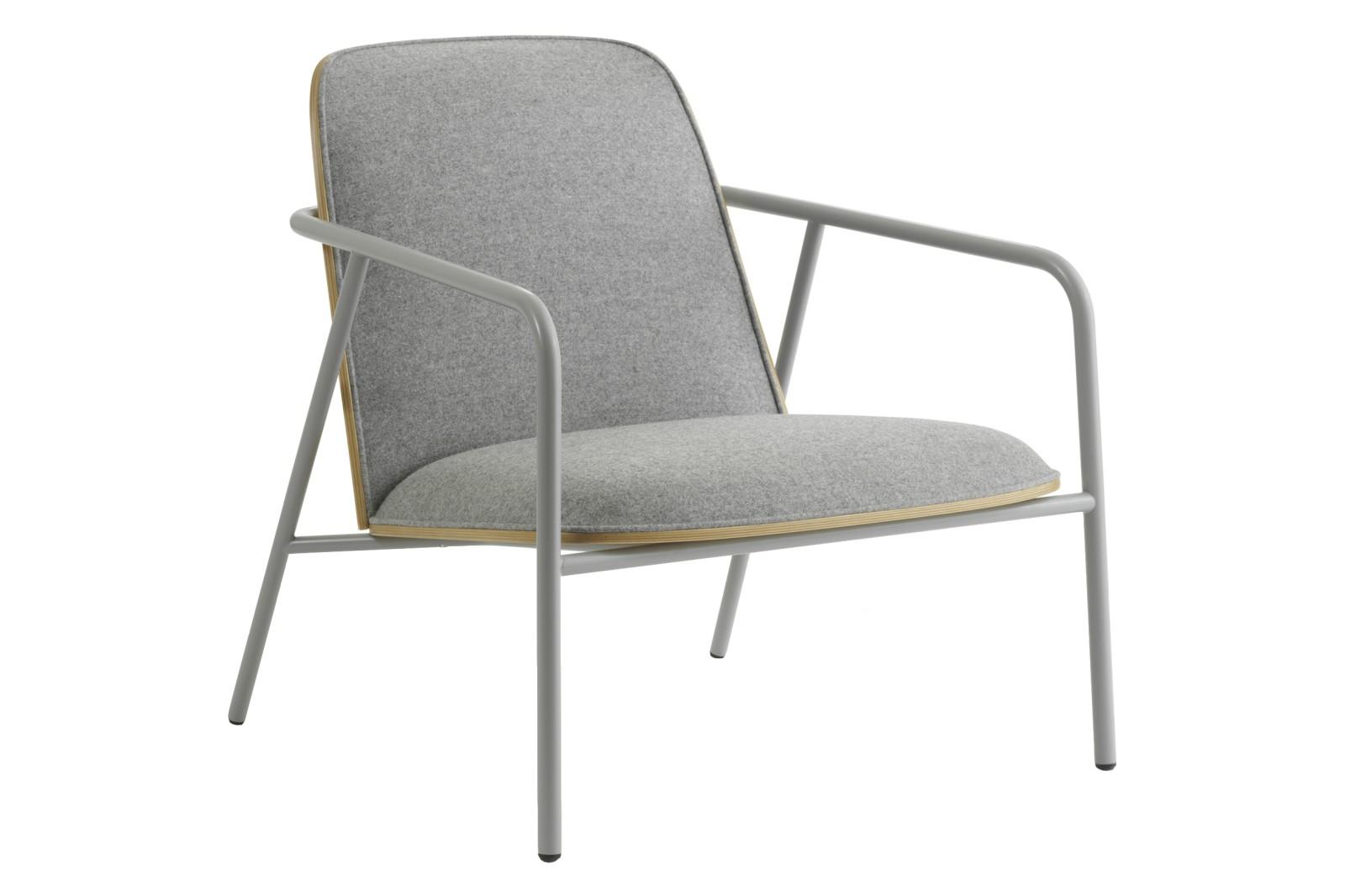 Pad Lounge Chair Low Grey Steel, Lacuered Oak Veneer, Synergy