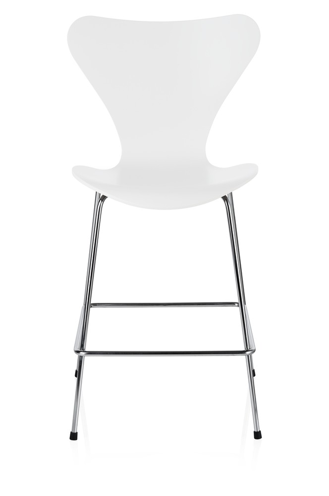 Series 7 Counter Stool Lacquered, Full Dark Stained Oak White 100