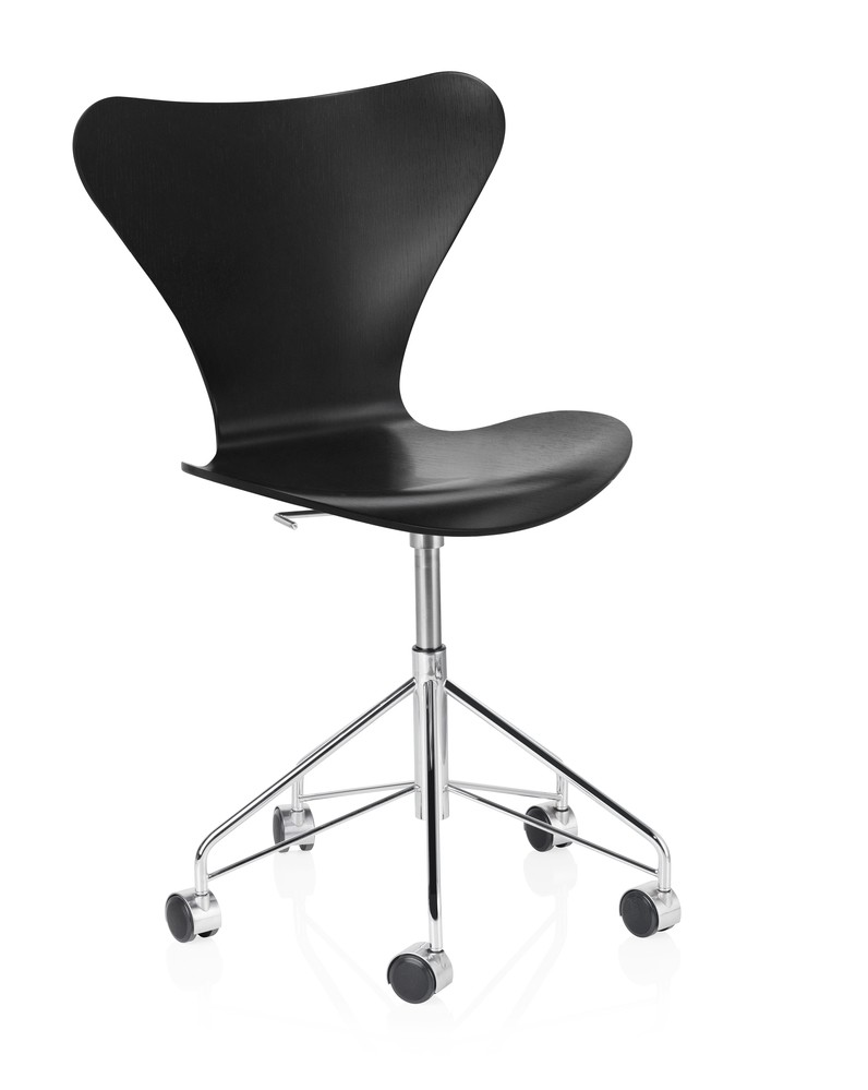 Series 7 Swivel Chair Lacquered Black 190