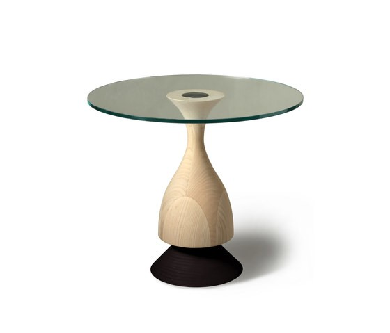 D'Artagnan small table