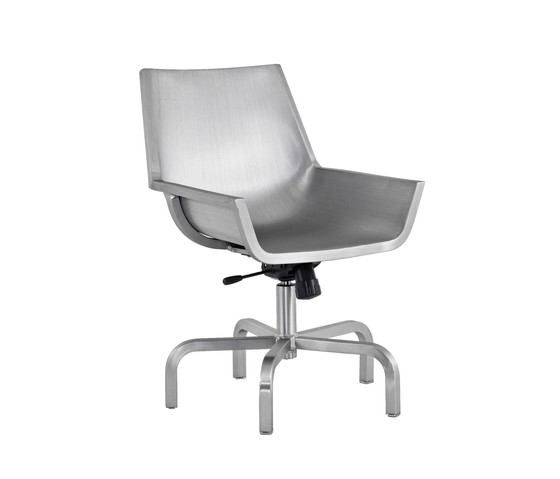 Sezz Swivel Chair With Glides Hand Brushed