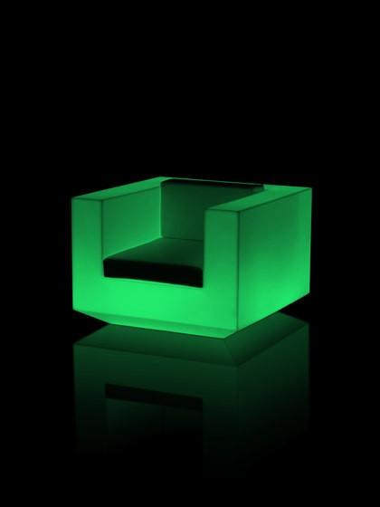 Vela Lounge Chair 100x100x72 RGB LED Ice