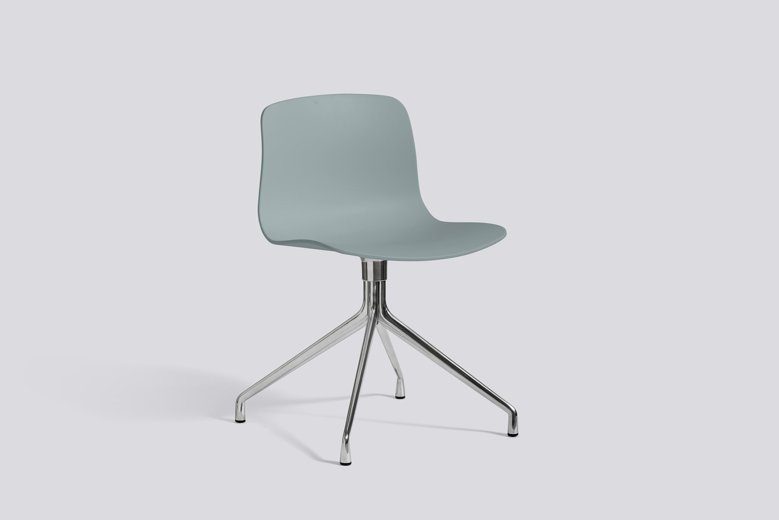 About A Chair AAC10 Dusty blue, Polished Aluminium
