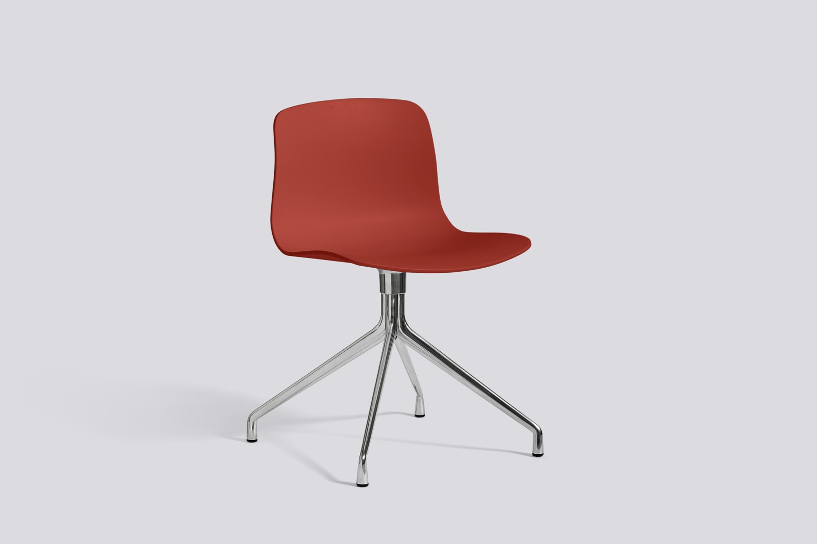 About A Chair AAC10 Warm red, Polished Aluminium