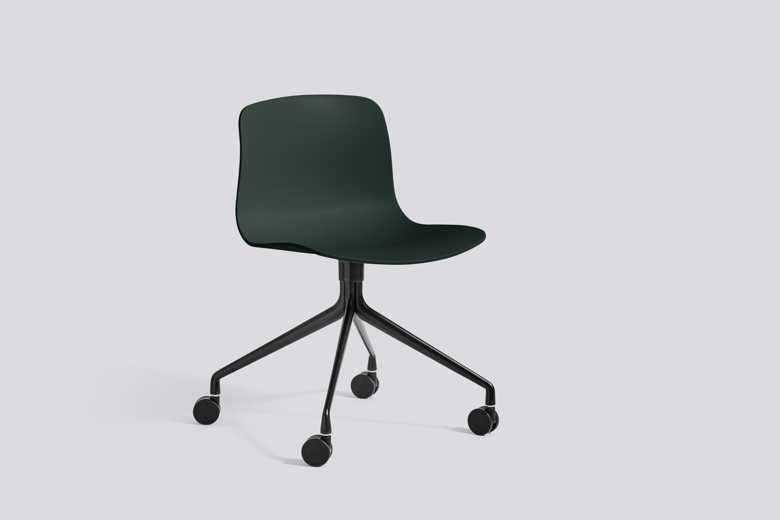 About A Chair AAC14 Hunter, Black Powder Coated Aluminium
