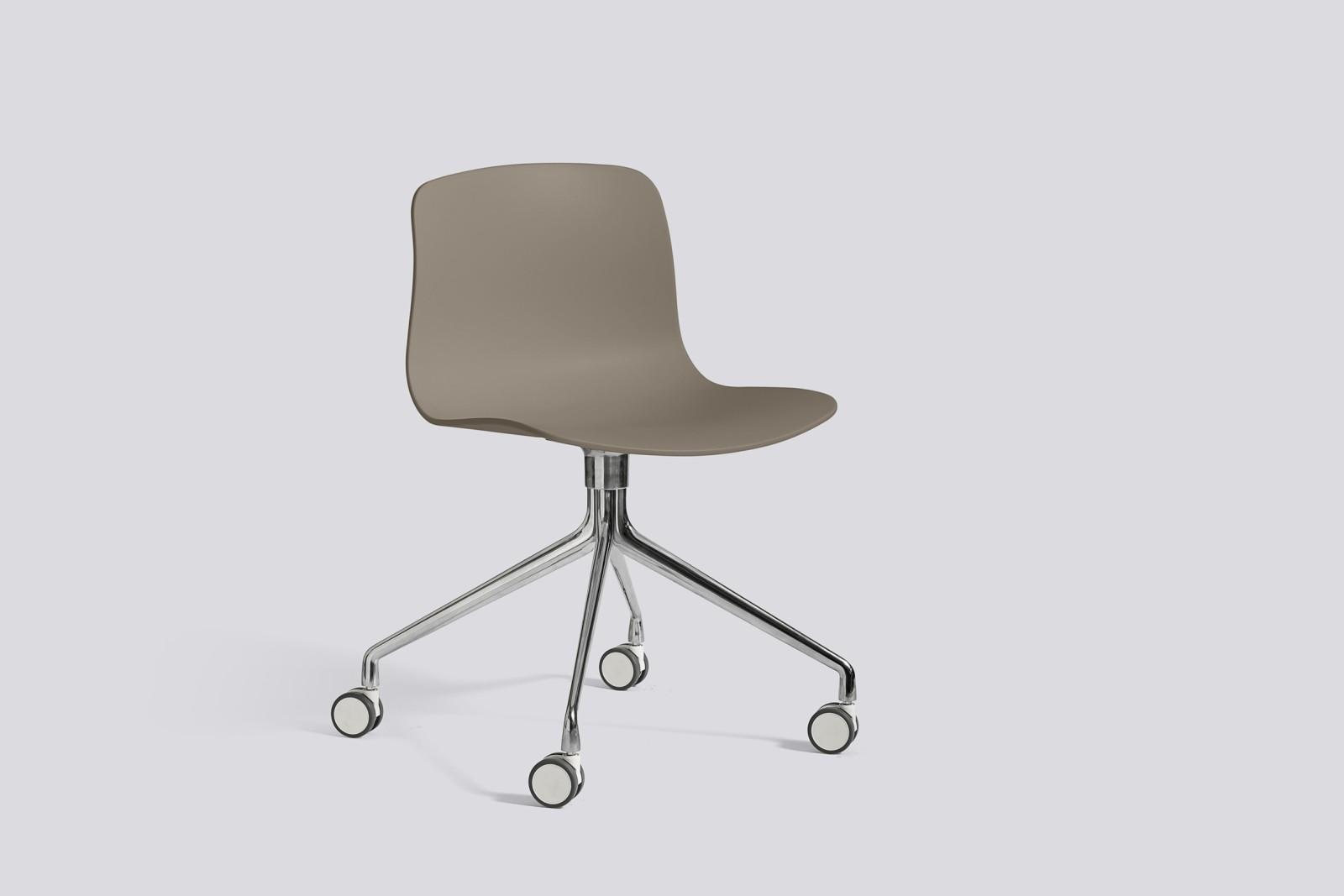 About A Chair AAC14 Khaki, Polished Aluminium