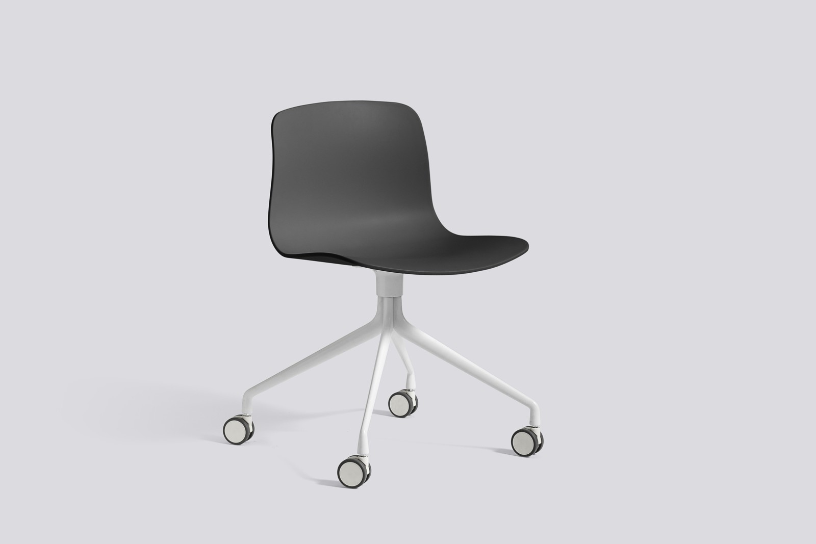 About A Chair AAC14 Soft black, White Powder Coated Aluminium