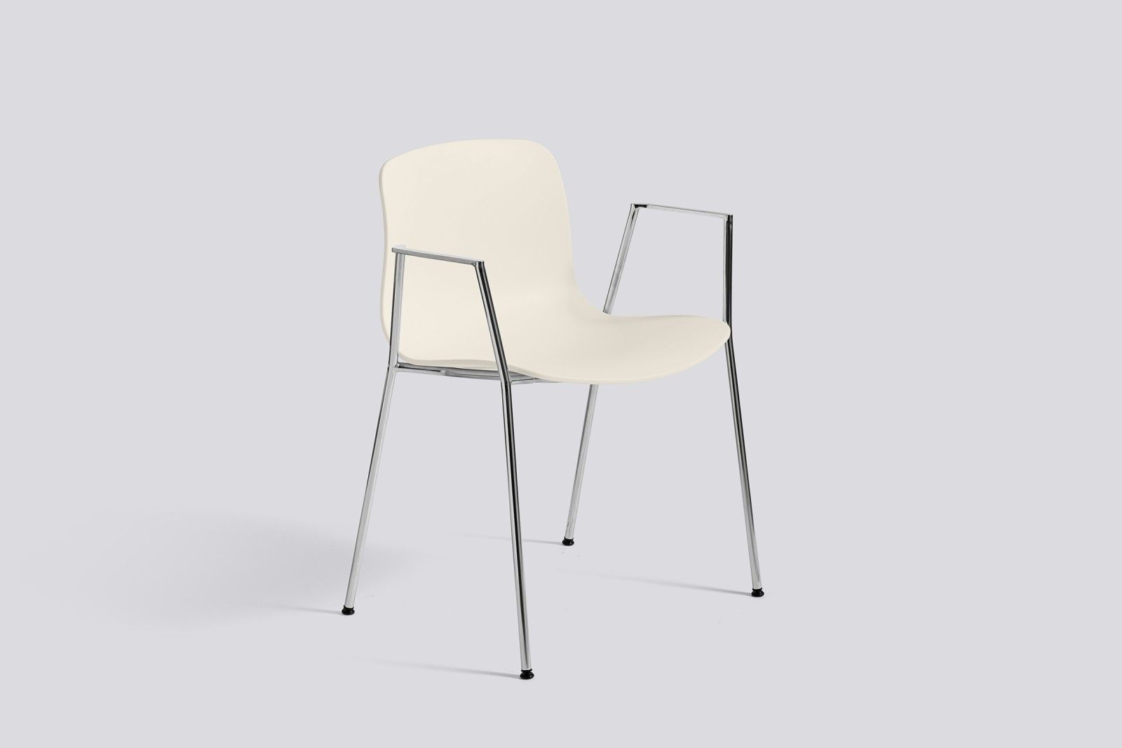 About A Chair AAC18 Cream white, Polished Aluminium