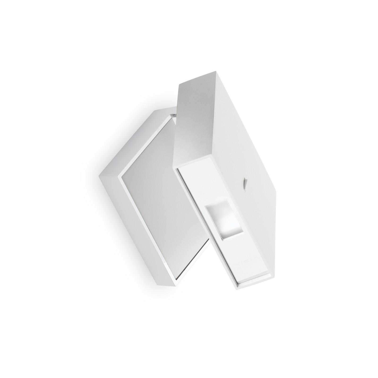Alpha 7940 Wall Light Matt White Lacquer