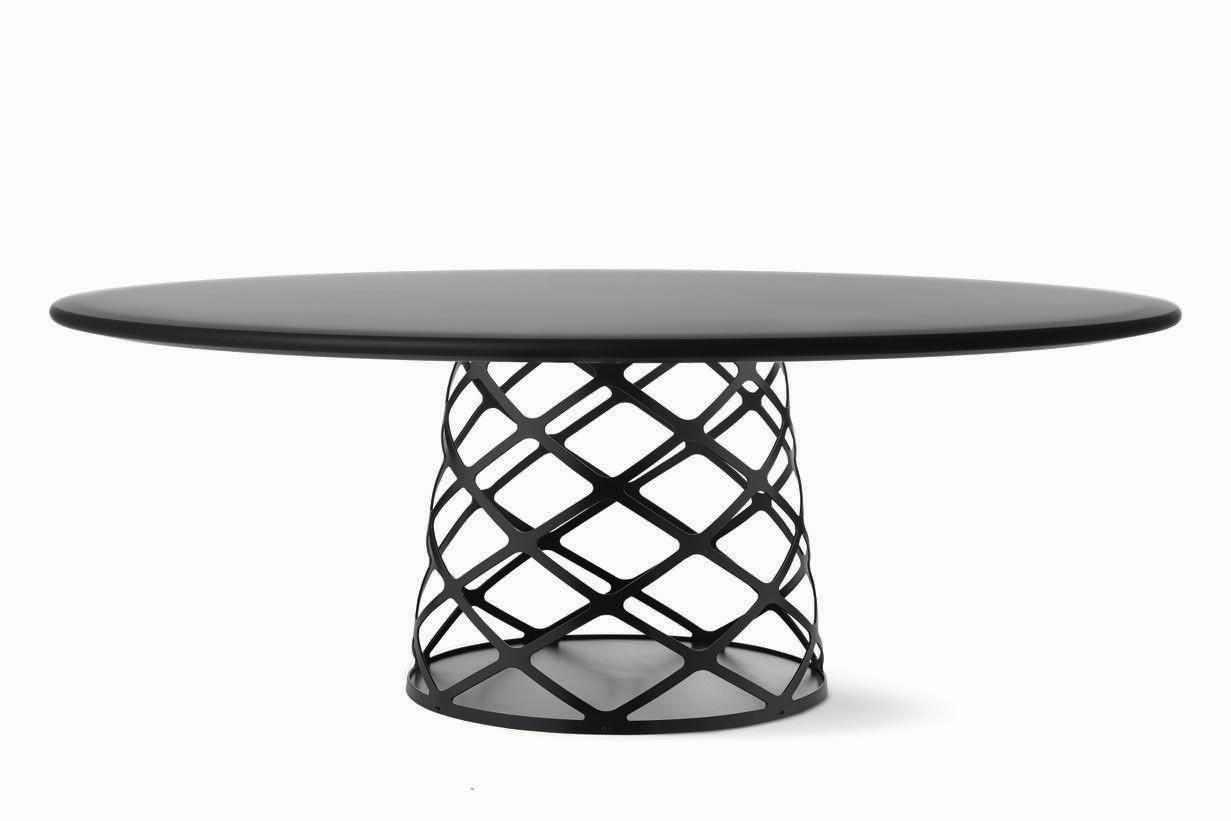Aoyama Coffee Table Gubi Metal Black, 120 x 46 cm, Gubi Laminate White
