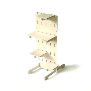 Coda Panel Standard panel with shelves and feet