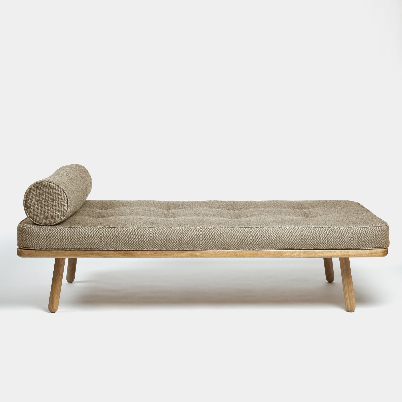 Day Bed One Bolster Turnberry Light Brown
