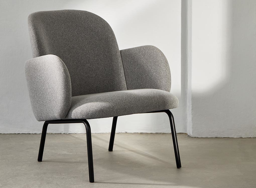 DOST LOUNGE CHAIR DOST LOUNGE CHAIR - LIGHT GREY