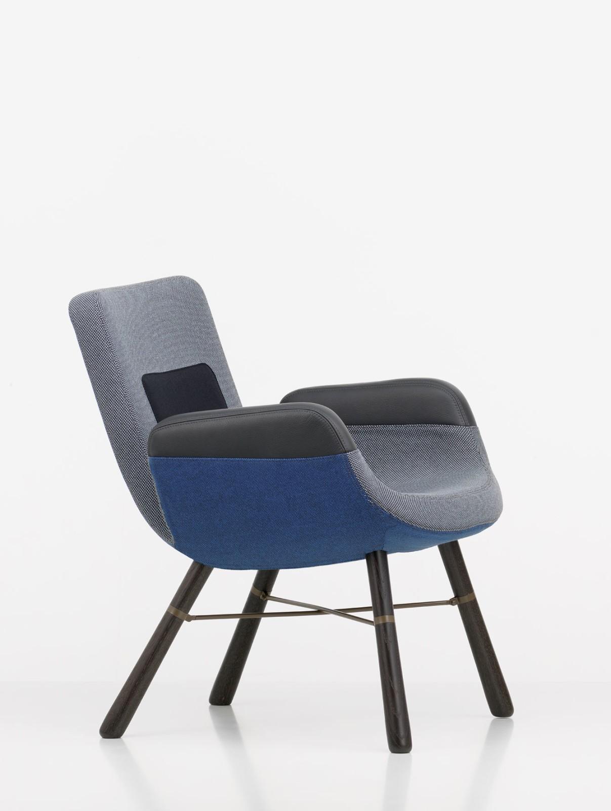 East River Chair Blue Mix Credo 05-Twill 07-Leather Premium 67-Hopsak 84, 04 dark oak protective van