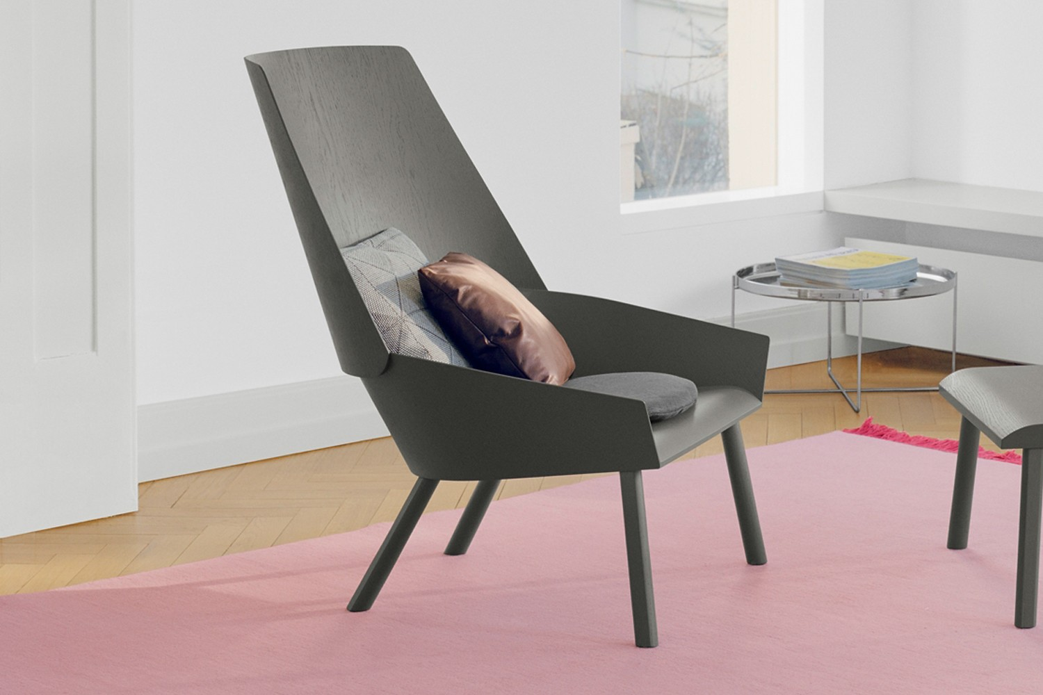 EC03 Eugene Lounge Chair Umbra Grey